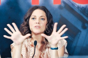 Inception Pressconf Marion Cotillard photo filmgeek
