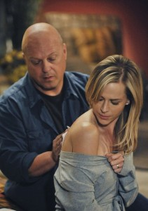 No Ordinary Family Michael Chiklis Julie Benz